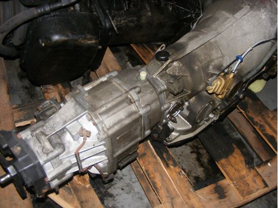 Picture of 300E 4-matic transmission,  1242705900