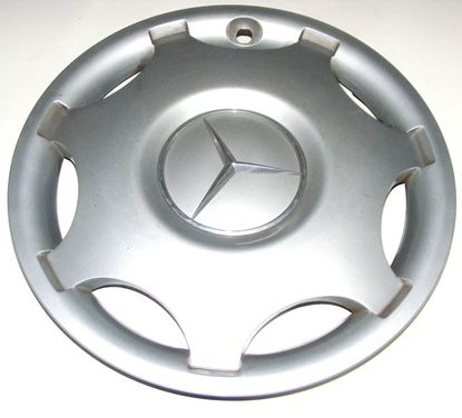 Picture of HUBCAP, WHEEL COVER,W203, 2034000325