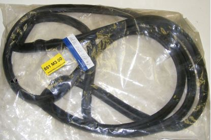 Picture of trunk seal,230sl,250sl,280sl, 1137500077