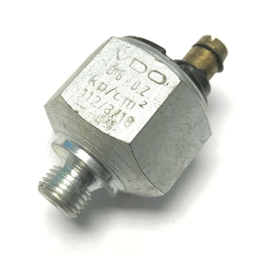 Picture of OIL PRESSURE SENDER, 0025420017