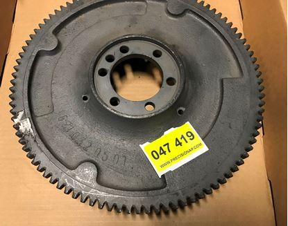 Picture of flywheel, M121/M621 6210320501 used