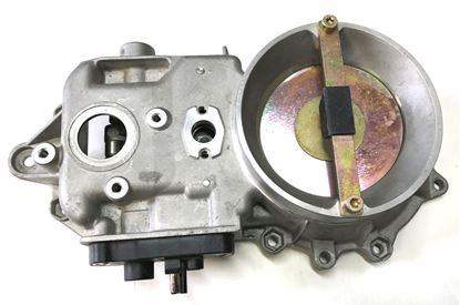 Picture of Mercedes air flow meter 0000741314
