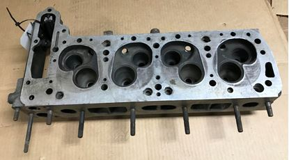 Picture of Mercedes cylinder head,200/220 1150102421