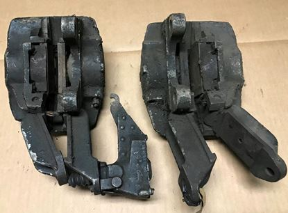 Picture of Mercedes 600  used rear caliper set 0004201683-0004201783